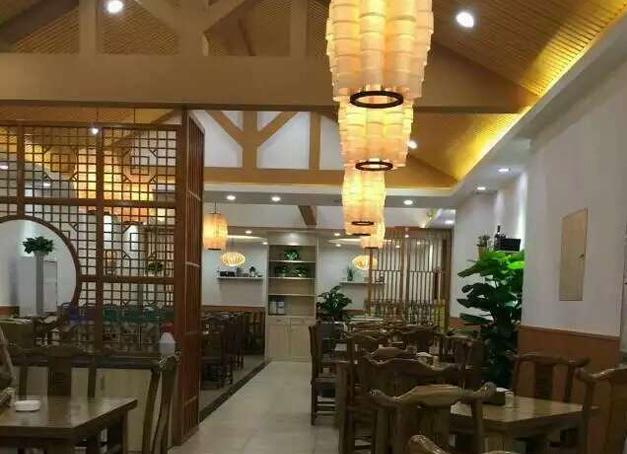 北京中式餐馆使用美尔家木皮灯
